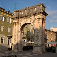 walking-tour-Pula7